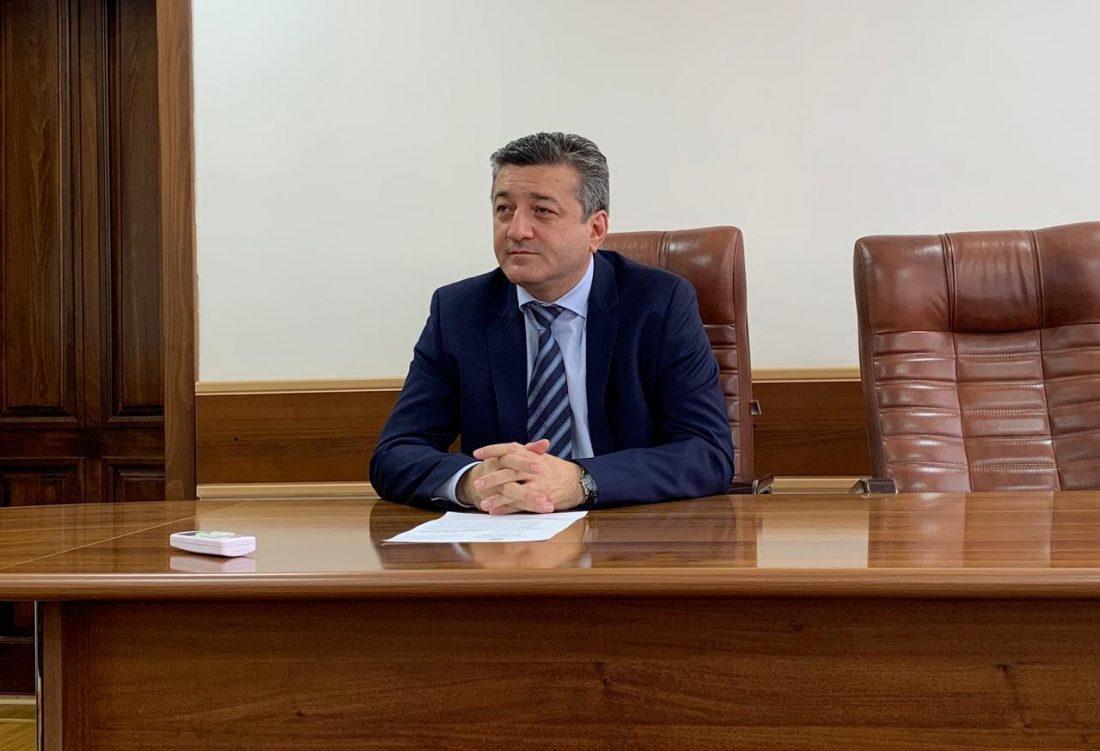 Таймураз Ахохов встретился с представителями крупных предприятий общественного питания