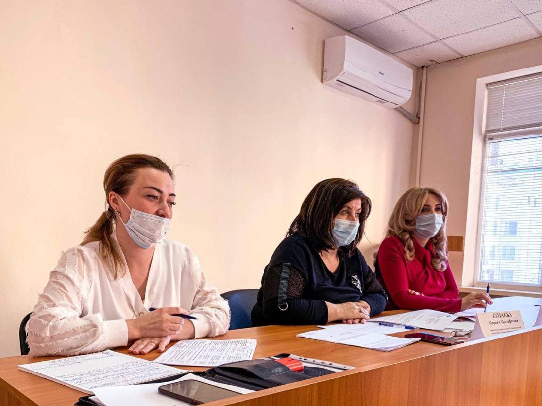 Состоялось очередное заседание Муниципальной комиссии по делам несовершеннолетних и защите их прав при Местной администрации городского округа Нальчик