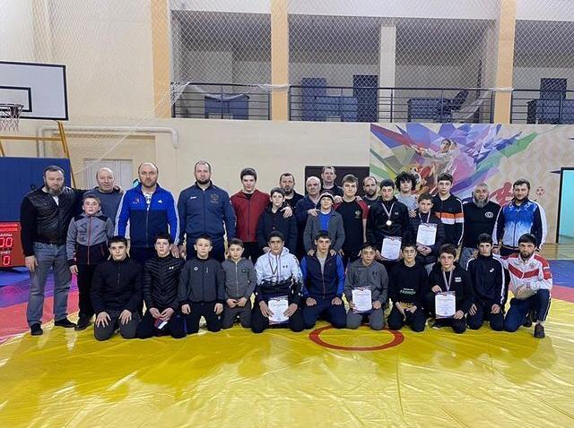 Успешное выступление наших юных борцов в Нарткале
