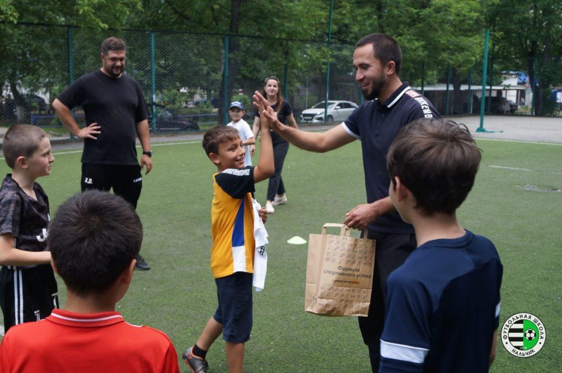 Турнир по футболу под названием «Мирное небо» прошел в одном из микрорайонов Нальчика